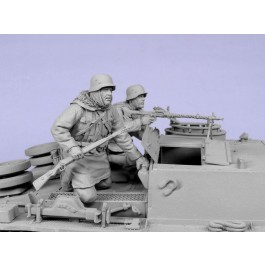 German panzergrenadieren SS. Kharkow,winter 1943. Two figures.