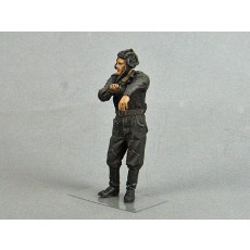 Soviet tank crewman.  Summer 1943-45.  One figure.