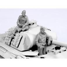German tank crew. Summer 1940-45.  Two figures.