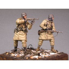 German infantry SS №3. Kharkow,winter 1943. Two figures.