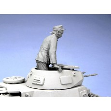 German tank officer.  Afrika Corps 1941.  One figure.