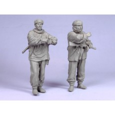 Red Army scouts.  Winter 1941-42.  Two figures.