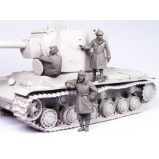 Soviet tank crew KV-2.  Winter 1939-44.  Three figures.