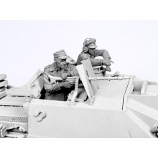 German StuG crew.  Summer 1943-45.  Two figures.