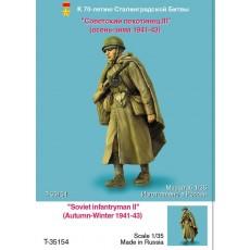 Soviet infantryman III (Autumn - Winter 1941-43)